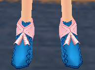 Lined Ribbon Shoes Equipped Front.png